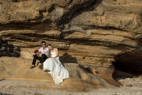chụp ảnh cưới đẹp ở núi đá